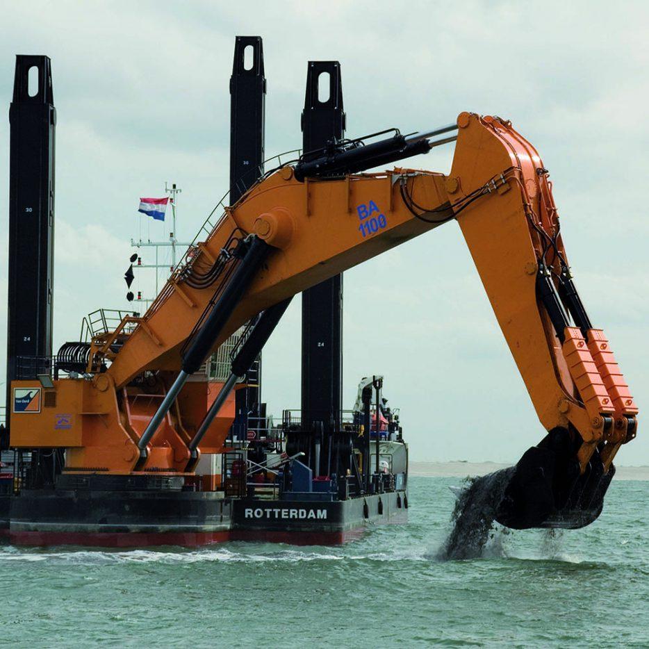 Baggerschip met glijlagers uit de Offshore industrie