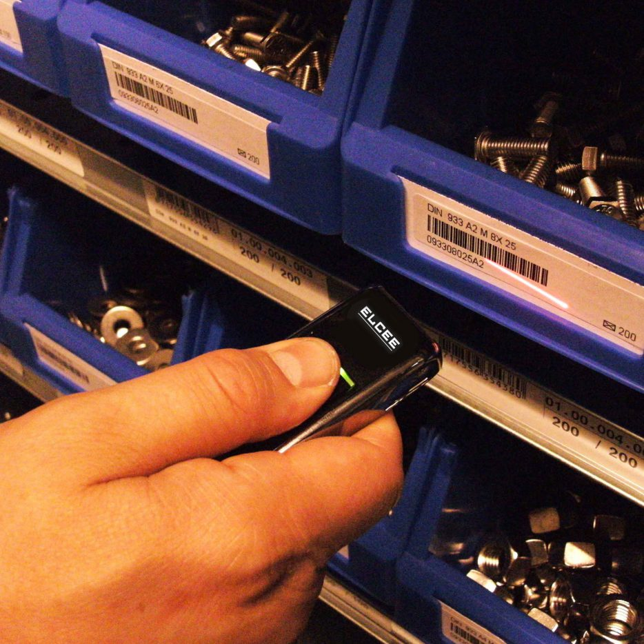 ELCEE bartrack RVS bevestigingsmaterialen snel bestellen scannend